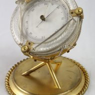 Antique aneroid english barometer in drum model, gilded and silvered.