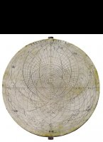 Western tin astrolabe plate for 54 degrees, Diameter 179 mm, thick 1,4 mm. <BR/>On the disk are the following text engraved: 'elevato poli LIV', 'horizon oblizuus', horizon rectus', linea duluculi et crepusculi', 'linea aezvinoct, 'tropicus capricornis', 'tropic cancer'
